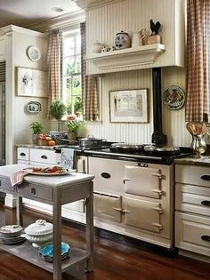That stove..that kitchen..cuteness