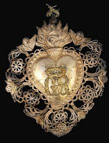 """Ex-Voto Milagro. Embossed Sacred Heart with the letters GR in the center """"Grazie Ricevuto"""", meaning Grace Received."""