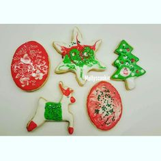 Instagram @mollyscookie #sugarart #royalicing #pastry #cookies #christmascookies #merrychristmas #uncadeau #gift #hediye