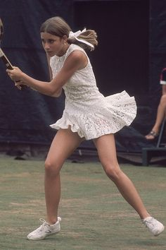 Timeless Fashion Sported By The 22 Women Who've Won The Australian Open - Chris Evert