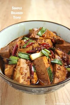 Simple Braised Tofu Notes: Used a package of tempeh instead, only 1 Tablespoon of oil and half the amount of soy sauce? Otherwise stuck to recipe. Vegetarian Recipes, Cooking Recipes, Healthy Recipes, Firm Tofu Recipes, Simple Tofu Recipes, Braised Tofu Recipe, Tofu Dishes, Asian Cooking, Asian Recipes