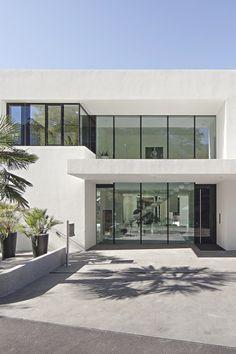 livingpursuit:  House M by Monovolume Architecture + Design