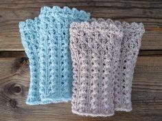 by Felisi Pro @ – . Crochet Flower Tutorial, Crochet Flowers, Wrist Warmers, Fingerless Gloves, Crochet Hats, Blanket, Knitting, Fashion, Gloves