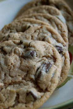 Are you all ready for some serious cookie-mania? I feel like in the food blogging world, December is the prime month for cookies. Everyone loves doing the 12 days of cookies and since I did it last year, I'll continue my tradition. From now til Christmas, I'll blog about 12 different types of cookies. That...Read More »