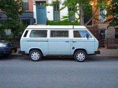 carspottingnyc: Two tone camp champ in cobble...