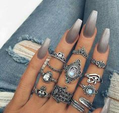 Grey ombre nails