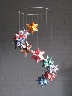ideas origami mobile geometric decor for 2019 Origami Design, Diy Origami, Origami Star Box, Origami Wedding, Origami Fish, Origami Butterfly, Useful Origami, Origami Ideas, Mobiles