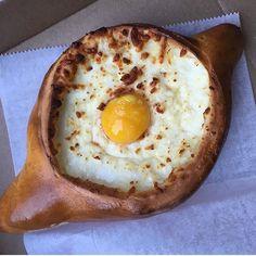 Pizza boat you? Via @donutgobaconmyheart