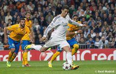 Real Madrid 2-1 Juventus taken at Estadio Santiago Bernabéu #HalaMadrid