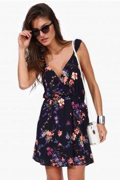 Robes Femmes | Boutique à prix abordable et à la mode des robes