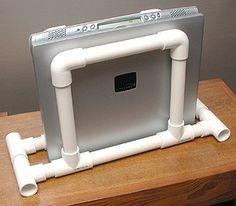 Upright holder for laptop