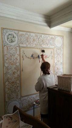 Restoratör Kalemkar Emine Verim Eskiköy Duvar üzerine tual uygulaması üzerine Kalem işi çalışması