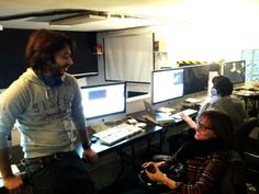 Students chatting it up in the editing lab. New York Film Academy, Visual And Performing Arts, Lab, Students, Learning, School, Studying, Labs, Teaching