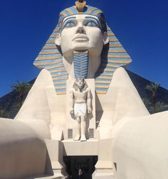 Luxor, hotell och kasino - forntida Egypten i Las Vegas. Ancient Egypt, Nevada, Statue Of Liberty, Las Vegas, Usa, Kids, Travel, Pictures, Statue Of Liberty Facts