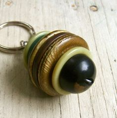 Vintage Stacked Buttons Key Ring - Mint Chocolate Chip