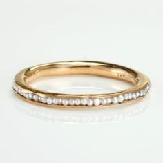 pearl ring…i could wear this every single day for the rest of my life, if it was in white gold, silver or platinum.