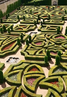 Chateau Villandry love gardens, Indre-et-Loire, Centre, France.  Photo: Saskya via Flickr.
