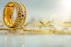 Discover more ideas about trendy wedding jewelry for Pakistani bride. Traditional Indian Jewellery, Indian Jewelry, 1 Gram Gold Price, Diamond Jewelry, Gold Jewelry, Gold Necklace, Silver Rate, Gold Cost, Today Gold Rate