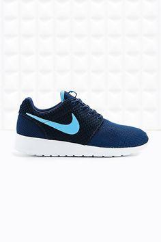 Nike Roshe Running Trainers in Blue