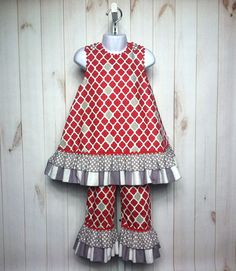 Alabama Lillian Pants Set.  Girl sizes 1-8. Customize in any 3 gameday or fall fabrics.  Includes free monogram! Roll Tide!