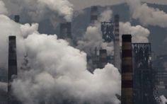 A taxa de emissões de carbono é maior do que a qualquer momento nos registros fósseis que remonta 66 milhões de anos para a idade dos dinossauros, de acordo com um estudo realizado na segunda-feira que soa um alarme sobre os riscos para a natureza do aquecimento global provocado pelo homem.