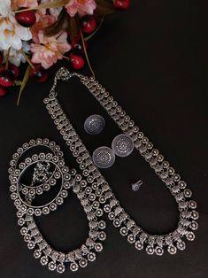 Bridal Bangles, Silver Bangles, Bridal Jewelry, Silver Jewellery Indian, Temple Jewellery, Silver Jewelry, Long Silver Necklace, Silver Necklaces, Gold Earrings