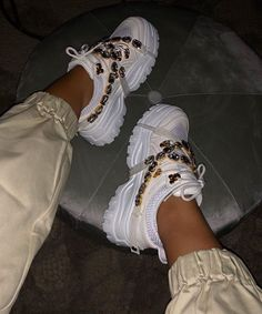 [New] The 10 Best Fashion Today (with Pictures) - miami vibes . Gucci Shoes Sneakers, Hype Shoes, Sneakers Fashion, Fashion Shoes, Sneakers Box, Sneakers Nike, Unique Shoes, Dream Shoes, Luxury Shoes