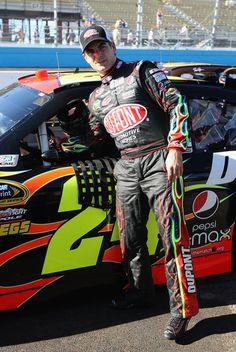 Jeff Gordon Photo - NASCAR Phoenix Nascar News, Nascar Race Cars, Nascar Sprint Cup, Jeff Gordon Car, Leo Gordon, Elliott Sadler, Rick Hendrick, Clint Bowyer