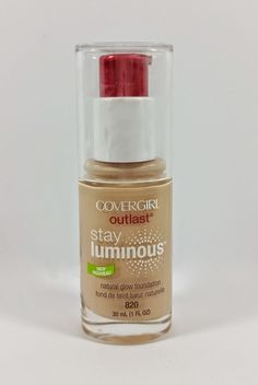 Another foundation I would also like to try one day. Great summer and every day foundation. Gives your face a nice glow. Only looks shimmery when you apply it to your hand. I heard a great review about this from Rachhloves. I will pin the video.