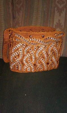 . Pop Top Crafts, Can Tab Crafts, Soda Can Crafts, Crochet Handbags, Crochet Purses, Knitting Projects, Crochet Projects, Craft Patterns, Crochet Patterns