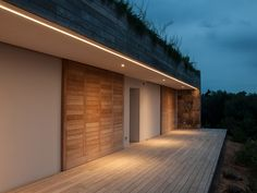 The structure is a luxury private villa located in the heart of Gallura, in S … - All For Light İdeas Track Lighting Bedroom, Corridor Lighting, Linear Lighting, Strip Lighting, Outdoor Lighting, Lighting Design, Lighting Ideas, Modern Exterior Lighting, Interior Garden