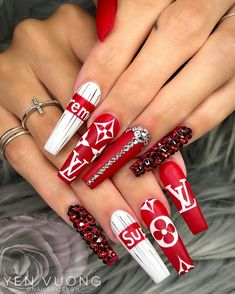 Nail designs: ideas for you to be inspired!- Page 12 of 48 - Gucci Nails - Ideas. Summer Acrylic Nails, Best Acrylic Nails, Acrylic Nail Designs, Summer Nails, Bling Nails, Swag Nails, Gucci Nails, Nagel Bling, Nails For Kids