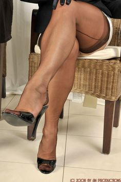 Legs and Seams: Photo