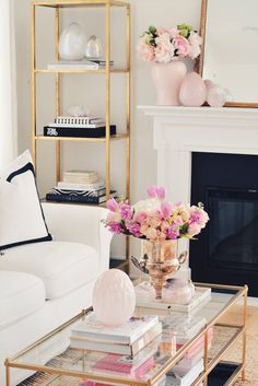 Elegant Spring Home Tour and Easter Decor 2019 - The Pink Dream Elegant Spring Home Tour and Easter Easter and Spring ideas for Living Room and Dining Table! Decor, Elegant Home Decor, Easter Coffee Table Decor, Spring Decor, Spring Kitchen Decor, Table Decor Living Room, Home Decor, Table Decorations, Spring Home