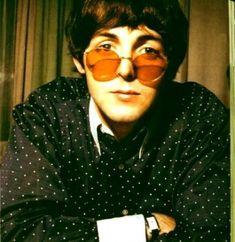 Boy with glasses 66 Best ideas glasses aesthetic round boy Ringo Starr, Boy With Glasses, Funky Glasses, Elvis Presley, Beatles Photos, Sir Paul, John Paul, Idol, Music Aesthetic