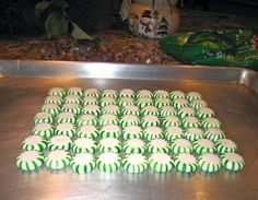 Peppermint serving tray--cool.