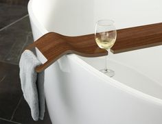 Day 15 of our #AdventCalendar is the perfect Christmas gift - The Tombolo bath rack!