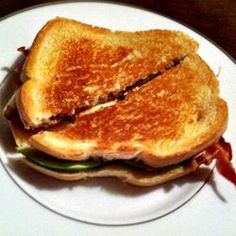 """Grilled Bacon Apple Sandwich 