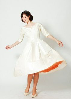 VINTAGE 1960'S WEDDING DRESS, $398, CONCETTAS CLOSET, ETSY.COM | 100 One-Of-A-Kind Pieces : Lucky Magazine
