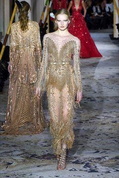 Sfilata Zuhair Murad Parigi - Alta Moda Primavera Estate 2018 - Vogue
