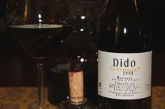 """Dido La Universal 2010. En el Montsant, se creo este vino en el que podemos degustar un poco del """"suelo"""" en el que las cepas de el Montsant dan sus frutos."""