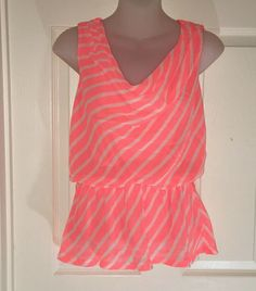 EXPRESS S WOMEN JUNIOR TOP SHIRT TANK ELASTIC WAIST FLUORESCENT ORANGE STRIPES #Express Ebay Dresses, White Capris, Junior Tops, Tank Shirt, Stretches, Looks Great, Elastic Waist, Stripes, Orange