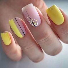 French Manicure Acrylic Nails, Disney Acrylic Nails, Acrylic Nail Designs, Nail Art Designs, Chic Nails, Stylish Nails, Trendy Nails, Pale Pink Nails, Yellow Nails