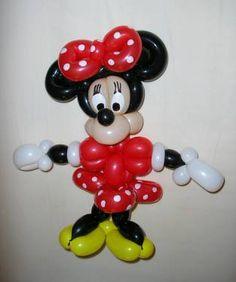 Minnie balloon art by Ballonkunstenaar Patrick.  ♡♥♡♥Love it!