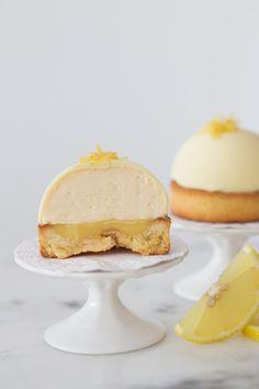 Torta mousse de limão com crème au citron | Vídeos e Receitas de Sobremesas