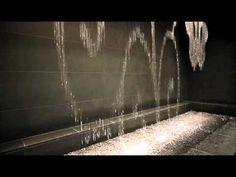 大阪駅水時計  water clock