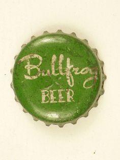 1950s Chicago Bullfrog Beer Monarch Cork Crown Tavern Trove Beer Bottle Caps, Bottle Top, Grease Is The Word, Beer Labels, Label Design, Scrapbooking Ideas, Frogs, Brewery, Postcards