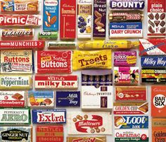 Remember these Retro British chocolate bars - print Old Sweets, Vintage Sweets, Vintage Candy, Retro Sweets Uk, Retro Candy, Vintage Food, British Candy, British Sweets, Toffee Crisp