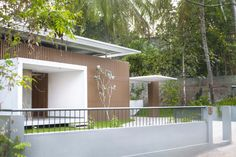 Gallery of Residence in Perinthalmanna / ZERO STUDIO - 10