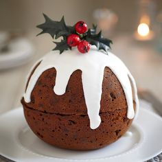 Christmas Food: The best Christmas recipes : Christmas Food: The best Christmas recipes - sofeminine Christmas Cake Decorations, Christmas Desserts, Christmas Treats, Christmas Cakes, Christmas Christmas, Best Christmas Recipes, Holiday Recipes, Traditional Christmas Food, Decoration Patisserie